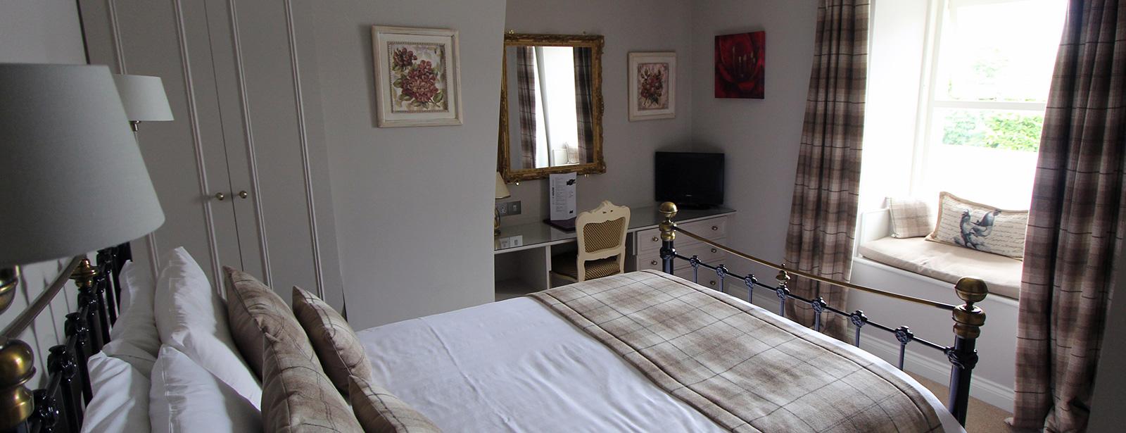Room-4-(3)-1600.jpg